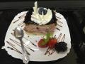afine cu blat de vanilie si decor de glazura de ciocolata si afinecofetarie_romanesca_torturi_prajituri_londra