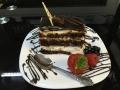 caise si glazura de ciocolata cu blat cacaocofetarie_romanesca_torturi_prajituri_londra