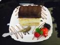 caramel si vanilie, blat de vanilie si decor cu cappuccinocofetarie_romanesca_torturi_prajituri_londra