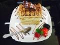 caramel si vanilie, blat de vanilie si decor de tiramisucofetarie_romanesca_torturi_prajituri_londra