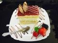 caramel si vanilie, blat de vanilie si glazura de caramelcofetarie_romanesca_torturi_prajituri_londra