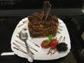 ciocolata cu blat de cacao si decor de ciocolata si nucacofetarie_romanesca_torturi_prajituri_londra