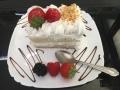 fructe mixte cu blat de vanilie si friscacofetarie_romanesca_torturi_prajituri_londra