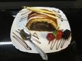 rulada de ciocolata,cu blat de vanilie, cu decor de caramelcofetarie_romanesca_torturi_prajituri_londra